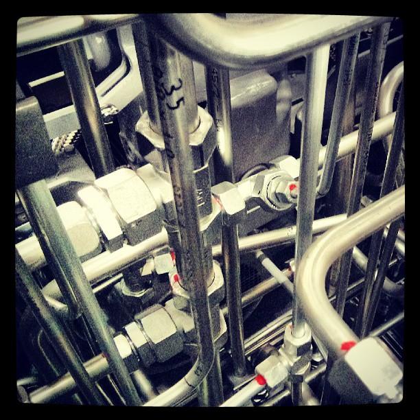 #r�r #pipes