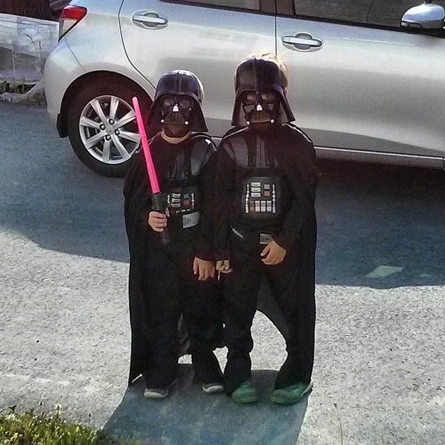 Thank God they didn't bring their stormtroopers... #DarthVader
