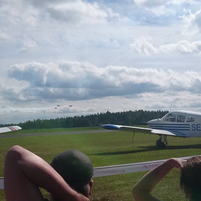 Splendid show by #AirBandits #SU-31 #Yak-52