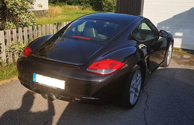 Har fått åka med en liten tur i denna #Porsche #Cayman S. Det var riktigt trevligt!